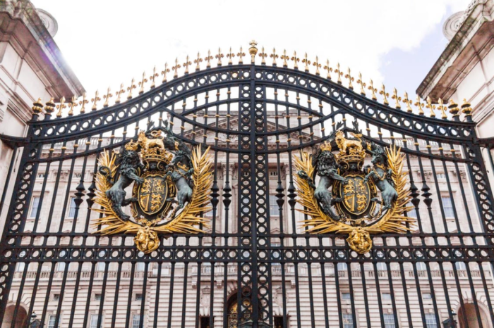 Buckingham Palace recrute : un job royal !