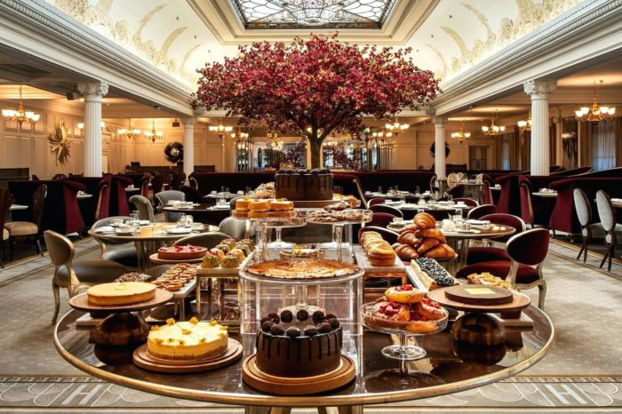 "Harrods ajoute une ""French touch"" à ses afternoon teas"