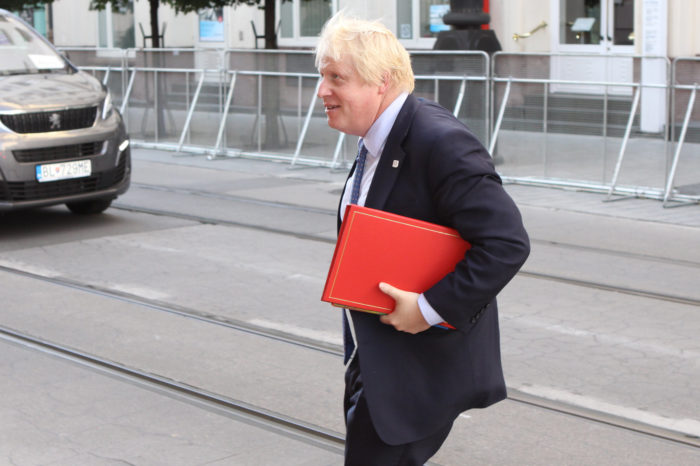 Boris Johnson, déjà out ?